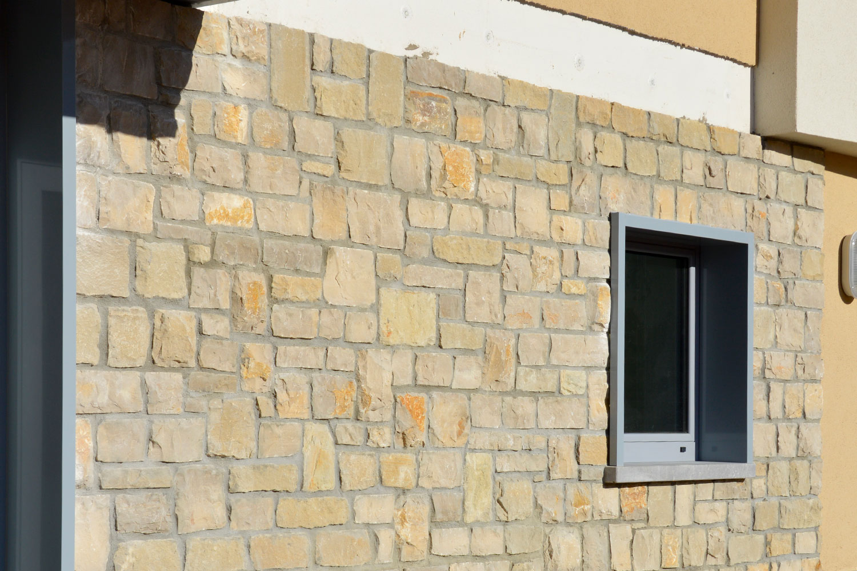 centro incollato fugato pietra credaro